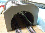 複線トンネルポータル
