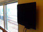 畳コーナーの壁にあるテレビ