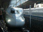 新大阪駅20番線入線