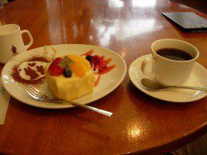 カリビアンブレンドとケーキ