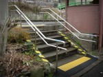 芳養駅・駅舎への階段